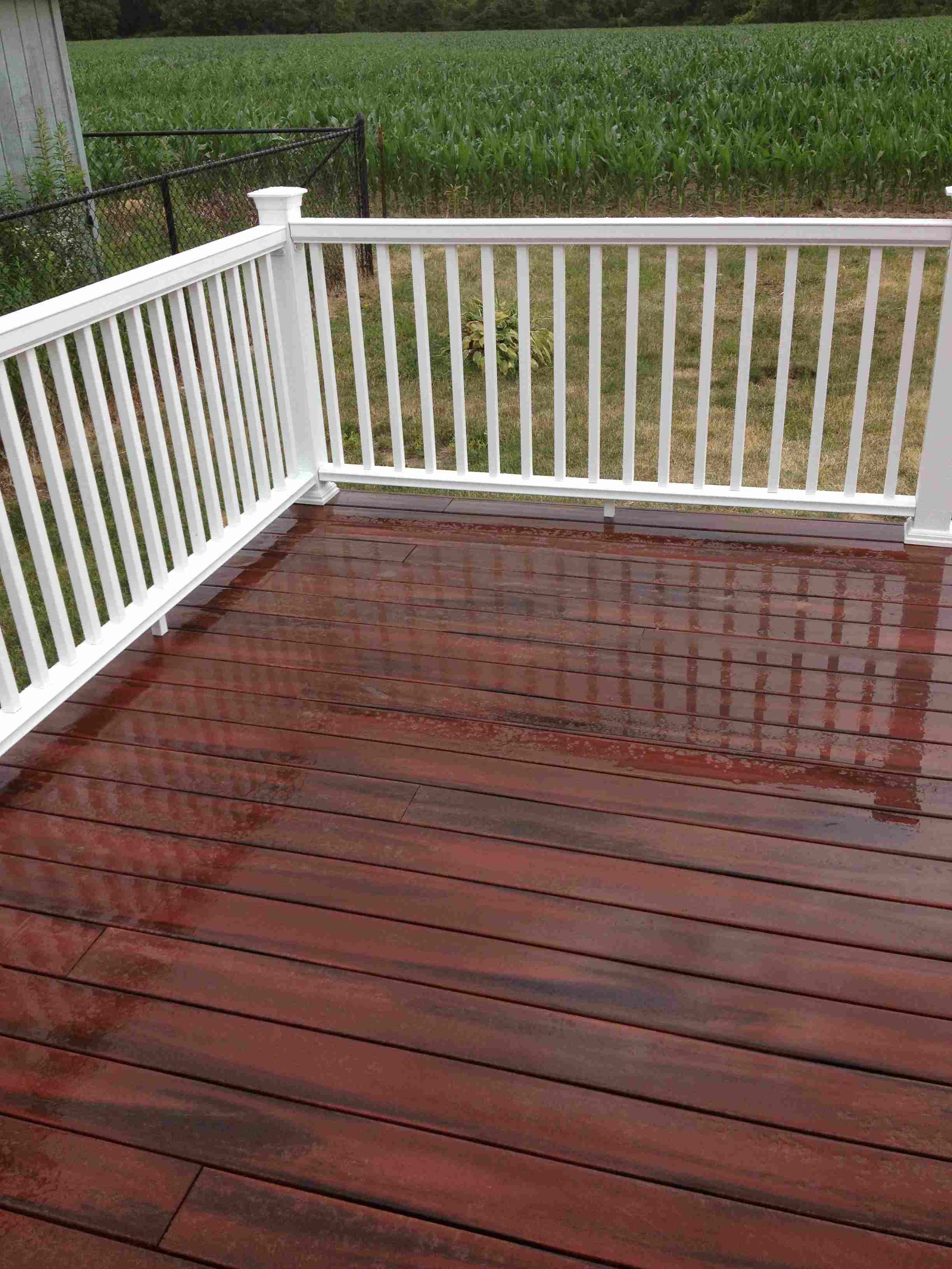 Decks exterior arts llc michiana 39 s exterior design for Composite deck railing